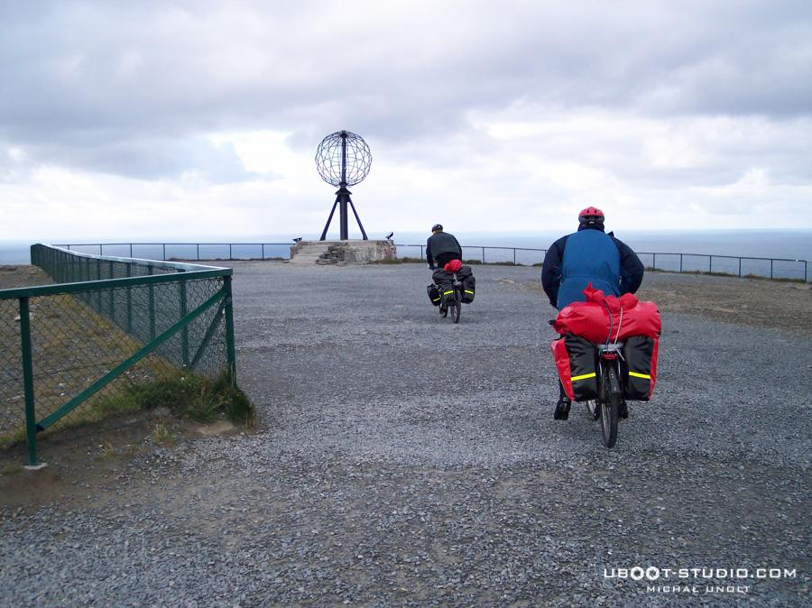 Rowerem przez Norwegię - foto 8 - Nordkapp